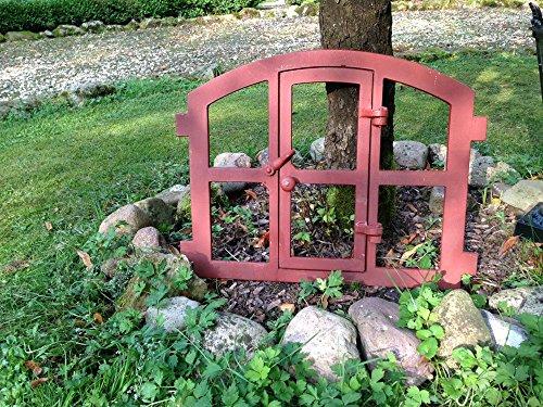 Antikas | Eisenfenster zum Öffnen | 48 x 42 cm | Leichter Stichbogen | Stallfenster