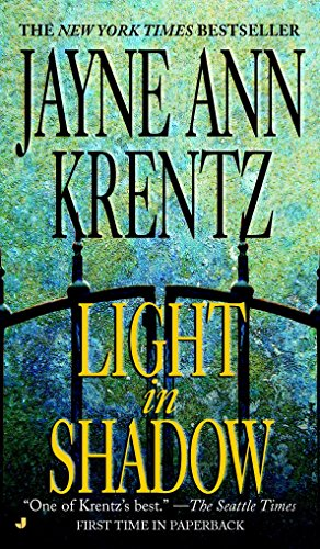Light in Shadow (A Whispering Springs Novel, Band 1)