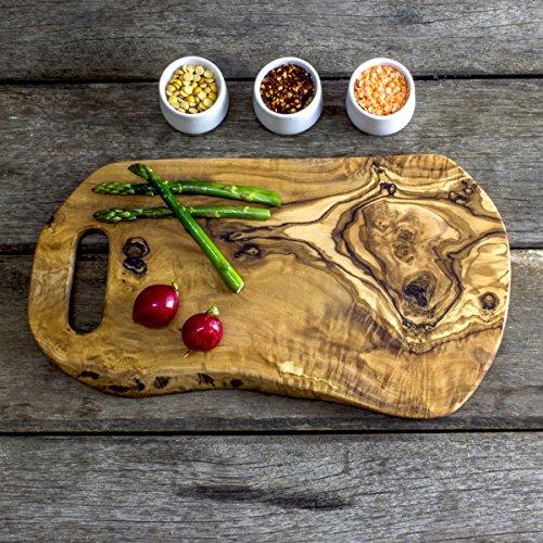 Rustico in legno di ulivo tagliere, vassoio, tagliere con manico–lunghezza 35cm x larghezza 20cm x profondità 1.5cm (ocb35)