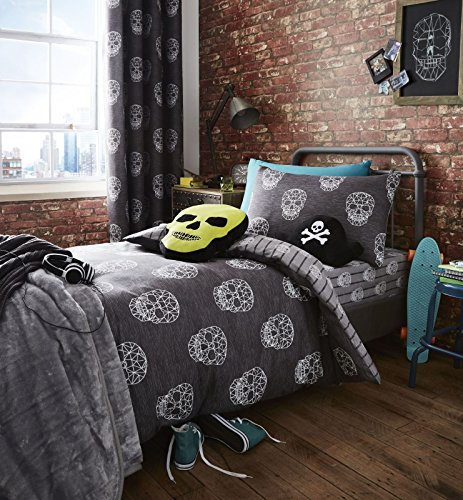 Catherine Lansfield Skulls Easy Care Single Duvet Set Grey