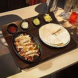 Fajita Junta de servir con Sizzle Plato y 4ramequines para presentar Fajitas del horno a la mesa