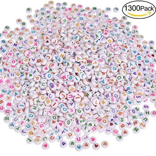 Willingood 1300Stück Bunte Rund Alphabet Buchstaben Spacer Perlen Spacer [1200Stück Buchstaben Perlen ''A-Z'' + 100 Stück Love Herz Perlen] Zwischenperlen Schmuck DIY Basteln [7 * 4mm] (Bunte Herzen)