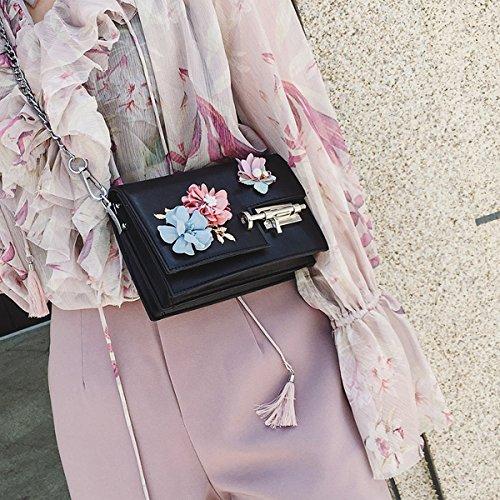 Kettenpaket Schlagfarbe Blumen Kleine Quadratische Paketart und Weise Populärer Schulterbeutel Einfacher Kurierbeutel Schwarz
