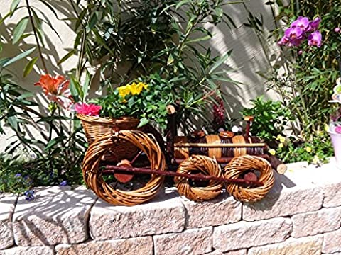 Locomotive- / Train-Shaped Wicker Basket, 100% Natural Wicker, Weatherproof, Fun Garden Decoration. Ideal as Plant / Flower Pot / Plant Troughs, Rattan / Wicker Basket, Wooden Wheelbarrow Planter / Trough Planter, 60 cm XL