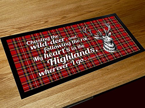 """Barmatte, schottischer Stil, Motiv: Hirsch und Zitat aus dem Gedicht """"My Hearts in the Highlands"""" von Robert Burns"""
