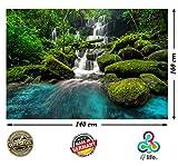 PMP 4life. XXL Poster Wasserfall im Wald green forest Natur HD 140cm x 100cm Hochauflösende Wanddekoration Bild für Wandgestaltung Wandbild | Fotoposter Landschaft Bäume Wasser | + GRATIS Poster