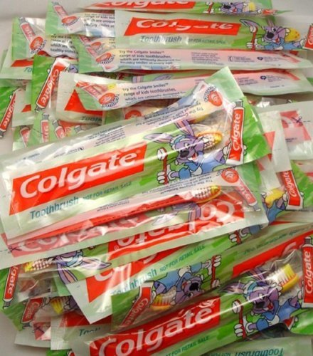 Colgate 7106819609243 Toothbrushes Birthday Favors