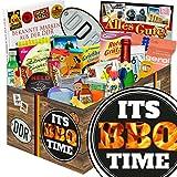 Its BBQ-Time   Süßigkeiten Box   Geschenk Set   Its BBQ-Time   inkl Markenbuch   DDR Box   Grill Geschenk Männer   mit Liebesperlen, Viba, Pfeffi Stangen und mehr