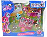Littlest Pet Shop - 6 Pets from the LPS Friends Video Games! - incl. Biber #810 & Katze #815 & Dogge #817 & lila Hase #828 & Pfau #869 & lila Pinguin #1448 - incl. Special Code - OVP