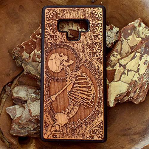 Skelett Ultra Slim Handyhülle Echtem Holz Kompatibel mit iPhone XR/XS Max/X / 8/7 / 6/6s Plus, Samsung Note 8/9, Galaxy S9 / S10, Huawei P20 P30 / Mate 20 Pro by Engravers Dungeon (Chirurg Noten)