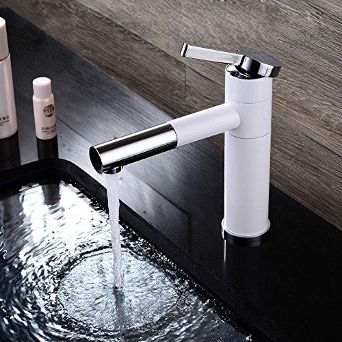 white-il-lavandino-del-bagno-rubinetto-carica-con-finitura-cromata