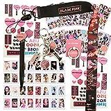 Blackpink Gifts Set - 32 tarjetas de lomo de color negro, 12 hojas de pegatinas, 1 soporte para anillo de teléfono, 1 cordón, 1 llavero, 1 bolígrafo, 2 pegatinas de tatuaje