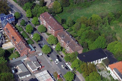 MF Matthias Friedel - Luftbildfotografie Luftbild von Langenhorner Chaussee in Langenhorn (Hamburg), aufgenommen am 04.05.08 um 14:09 Uhr, Bildnummer: 4920-02, Auflösung: 4288x2848px = 12MP - Fotoabzug 50x75cm