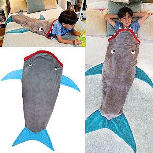Hai Decke Kinder 140x56cm Flanell Tagesdecke Grau