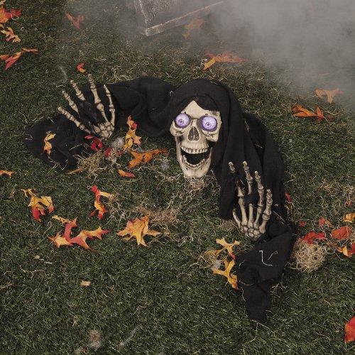 Halloween Totenschädel mit LED Augen und Skeletthänden Bodendekoration (Totenschädel Halloween)