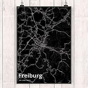 Mr. & Mrs. Panda Poster DIN A4 Stadt Freiburg Stadt Black - Stadt Dorf Karte Landkarte Map Stadtplan Poster, Wandposter, Bild, Wanddeko, Wand, Motiv, Spruch, Spruch des Tages, Kinderzimmer, Einrichtung, Wohnzimmer, Deko, DIN, A4, Fan, Fanartikel, Souvenir