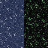 Fabulous Fabrics Baumwolljersey Space Glow in The Dark – Marineblau — Meterware ab 0,5m — Oeko-Tex Standard 100 — zum Nähen von Kinderbekleidung, Hosen und Tops und Shirts