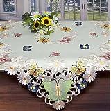"""Frühlingshafte Mitteldecke """" Papillon """" / 85 x 85 cm / champagner / auch als Tischdecke, Tischläufer, Aufleger und Kissenbezug im gleichen Design erhältlich"""