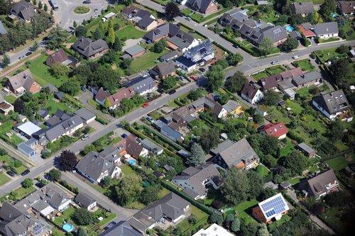 MF Matthias Friedel - Luftbildfotografie Luftbild von Erikaweg in Ahrensburg (Stormarn), aufgenommen am 20.08.11 um 14:16 Uhr, Bildnummer: 5975-05, Auflösung: 6048x4032px = 24MP - Fotoabzug 50x75cm