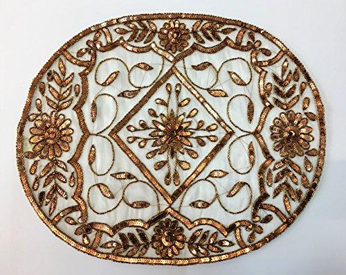 Daniele farinella coppia di centrotavola ovali di artigianato indiano,bianchi ricamati a mano con cannuttiglie,cm35,5x0,3x34