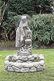 Brunnen, Gartenbrunnen, Zierbrunnen, fountain, rustikal Magd Farbe sandstein