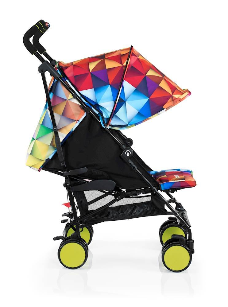 Cosatto Supa Go Stroller (Spectroluxe), suitable from birth, 7 kg Cosatto Compact from-birth pushchair, carries up to 25kg child, so you can use it for longer This storage superstar is a transport-friendly compact umbrella folder and fits in smaller cars Upf100+ extendable hood plus rain cover 3