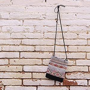 Kleine Umhängetasche mit Stammes-Druck , Tasche Frau mit Schnürung