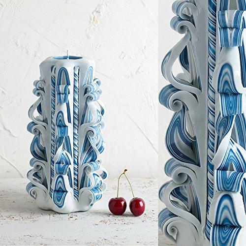 Candela intagliata a mano di design artistico - blu delicato bianco - decorazione interna per la casa - evecandles