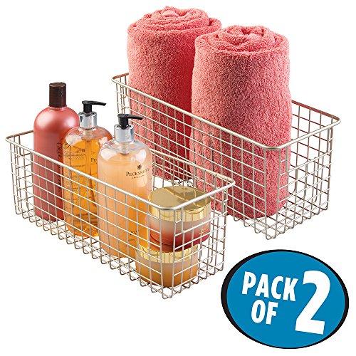 mDesign Handtuchkorb Metall - Aufbewahrungskorb Bad für Handtücher, Seifen & Co. - 2er Set, je 40,6 cm x 15,2 cm x 15,2 cm - Badezimmerkorb für Regal, Schrank oder Kommode - Satin