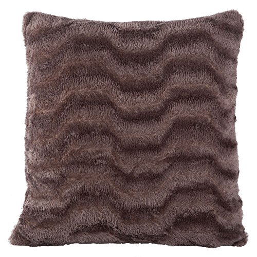 luxurious-soft-faux-fur-cushion-cover-chocolate-43cm