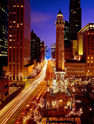 Panoramic Images - Chicago Water Tower at Night Michigan Avenue Magnificent Mile Chicago Illinois USA Kunstdruck (27,94 x 35,56 cm)