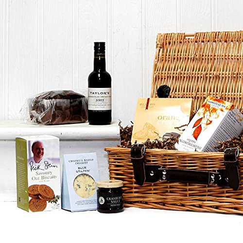 Taylors Port Gentlemans Luxury Hamper - 200ml Taylors Port, Stilton Cheese, Cake & Nibbles Wicker Hamper Basket - Gift ideas for Birthday, Anniversary and Corporate Gifts