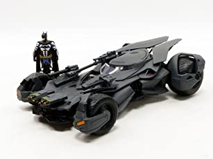 Jada Toys Metals Justice League Batmobile Toy Vehicle (99232)