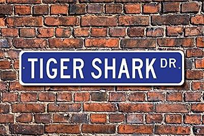 Aersing Metal Sign Post Tiger Shark Sign Decor Tiger Shark Lover Sea Tiger Plaque Wall Home Decoration Street Sign