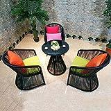 Huoduoduo Tisch und Stuhl Set, handgemachte PE Rattan Tisch und Stuhl, kreative Runde Couchtisch, geeignet für Zuhause/im Freien/Balkon / Café, ein Tisch und drei Stühle