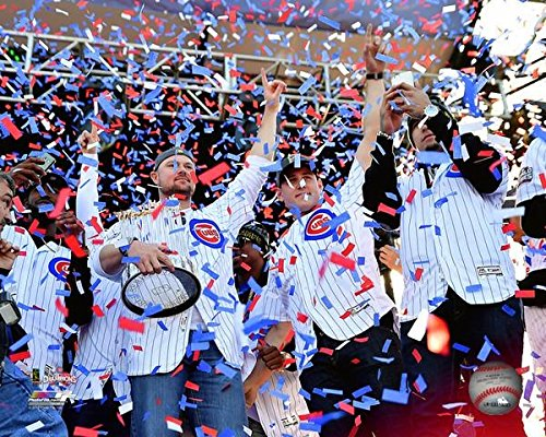 Jon Lester Anthony Rizzo & Javier Baez with the World Series Championship Trophy during the Chicago Cubs World Series victory parade on November 4 2016 at Grant Park in Chicago IL Photo Print (40,64 x 50,80 cm) - World Series Championship Trophy