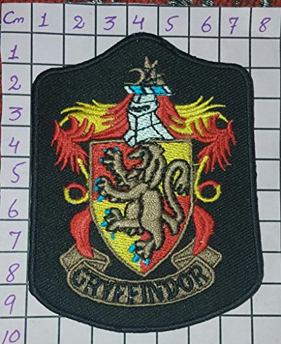 HARRY POTTER House of GRYFFINDOR Robe Logo PATCH by Main Street 24/7