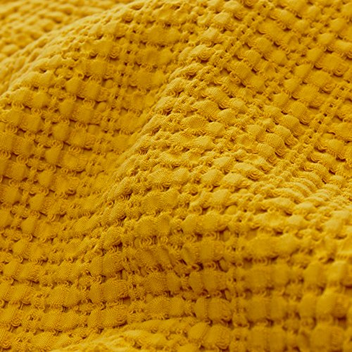 URBANARA Anadia throw/quilt – 100% pure cotton waffle weave – mustard yellow, kng size 275×265 cm – king-size bed bedspread, bedding, bed cover