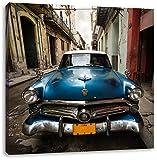 glänzender Oldtimer in kubanischer Stadt, Format: 60x60 auf Leinwand, XXL riesige Bilder fertig gerahmt mit Keilrahmen, Kunstdruck auf Wandbild mit Rahmen, günstiger als Gemälde oder Ölbild, kein Poster oder Plakat