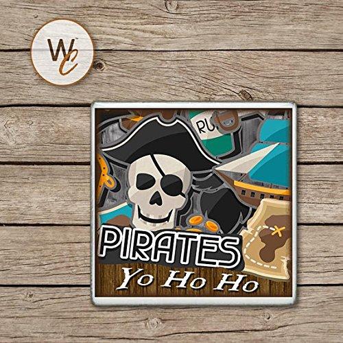 - Piraten Flasche Rum