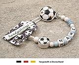 Baby SCHNULLERKETTE mit NAMEN | Motiv Fussball in babyblau