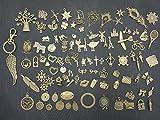 Questa confezione da 97ciondoli vi aiuterà a creare bellissimi gioielli realizzati a mano grazie alla vostra immaginazione. Misura: 1,1-7,5 cm. Ciondoli con motivi raffinati e classici. Possono essere utilizzati per tutti ...