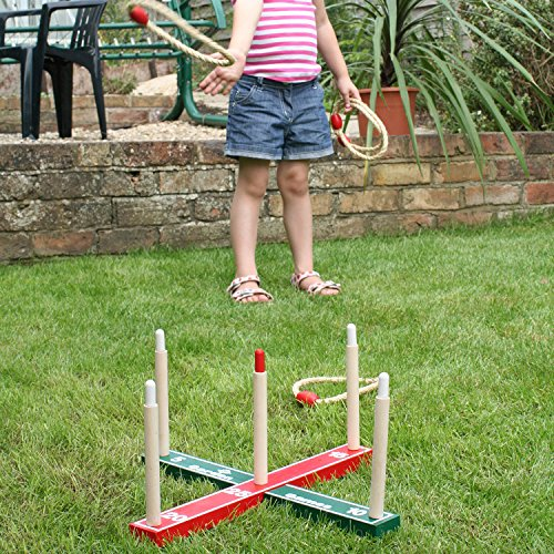 garden-outdoor-rope-quoits-wooden-pegs-throwing-game