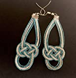 Boucles d'oreilles pendantes en cordes de papier de riz - noeud semple - fermeture par agrafe - blanc et turquoise