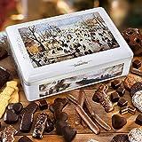 Truhe 'Winter-Kutschenfahrt', Keksdose mit Weihnachtsgebäck, süßer Genuss, mit Lebkuchen & Co., ideales Weihnachtsgeschenk, 1 x 2,02 kg