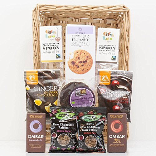 Natures Hampers Organic Chocolate Gift Hamper - Luxury Chocolate Treats Basket - Chocolate Gift Box - Chocolate Lover - Birthday for Him - Birthday for Her - Christmas Gifts - Xmas Present
