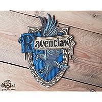 Haus Ravenclaw Holz Schild. Hergestellt aus Holz und handbemalt und für einen Filmlook gealtert. Haus von Luna Lovegood und Cho Chang