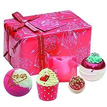 Bomb Cosmetics - Santa Baby, Set da bagno in confezione regalo, motivo natalizio, 500 g
