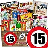 Ostalgie Set & Markenbuch | Zahl 15 | Geschenkset Oma | Suessigkeiten Box