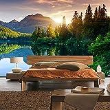 Fototapete Wald - ALLE WALDMOTIVE auf einen Blick ! Vlies PREMIUM PLUS - 200x140 cm - MOUNTAIN LAKE VIEW - Berge See Sonnenuntergang Romantisch Bäume Wald - no. 051